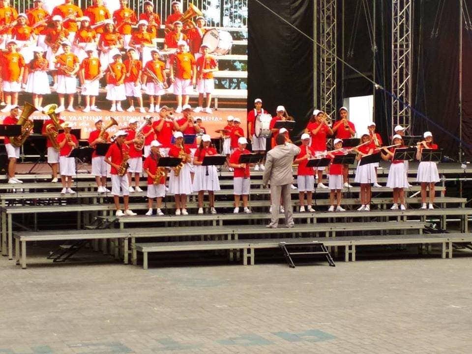 В Артеке во второй раз проводится творческая смена – фестиваль детских духовых оркестров России «Серебряные трубы Черноморья»