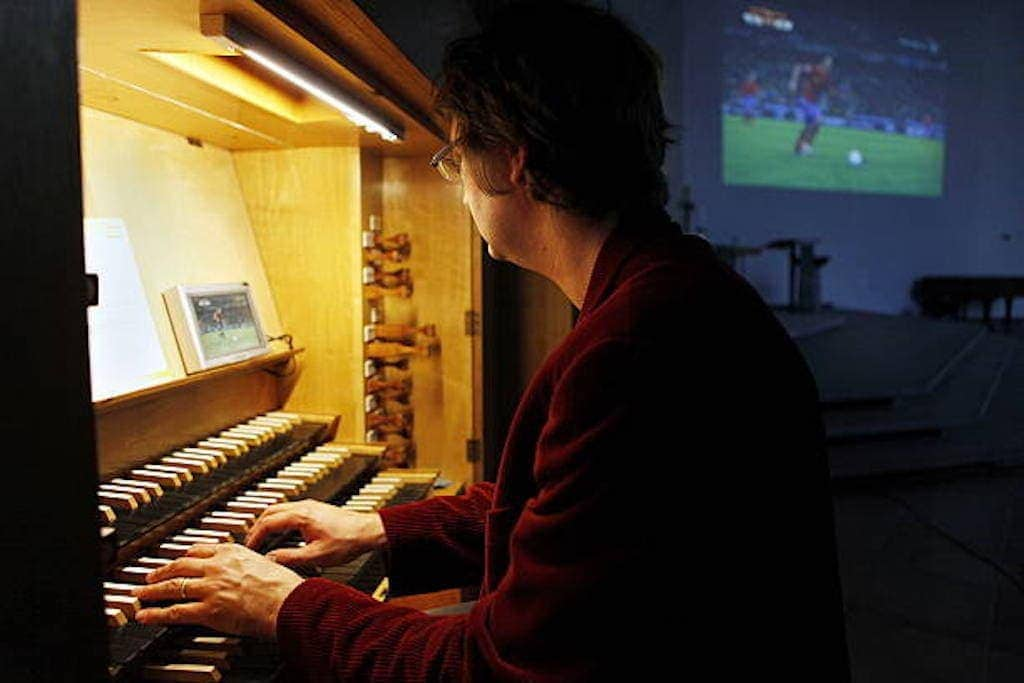 Карстен-Штефан Граф фон Ботмер во время концерта
