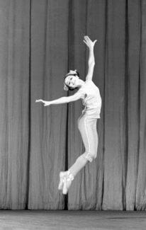 Ученица 6-го класса Пермского хореографического училища Надежда Павлова, 1972 год. Фото - Александр Макаров / РИА Новости