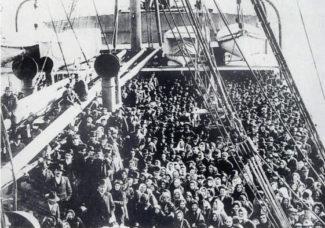 Еврейские беженцы плывут в Америку