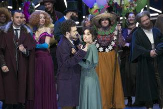 bohema 325x217 - В Большом театре дали премьеру оперы «Богема»