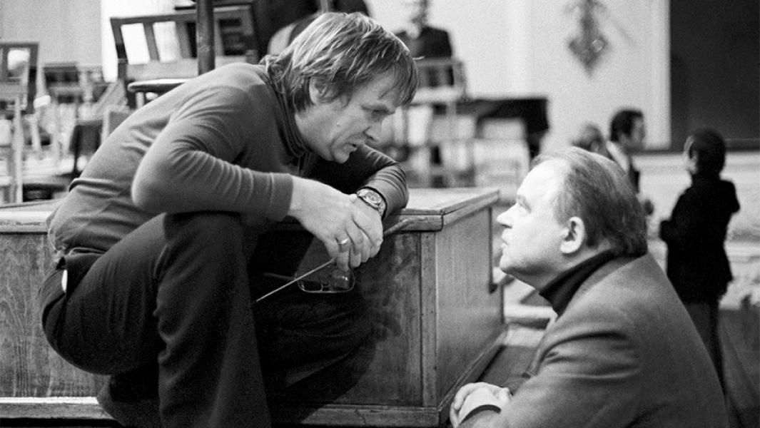 Владимир Федосеев и Тихон Хренников, 1986 год. Фото -ТАСС/Александр Чумичев