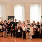 Профессор Тростянский с участниками мастер-классов после заключительного концерта