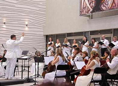 В Новосибирской филармонии пройдет «Белый фестиваль»