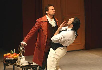 """Сцена из спектакля """"Свадьба Фигаро"""" в пражском Сословном театре, где когда-то этой оперой дирижировал сам Моцарт"""