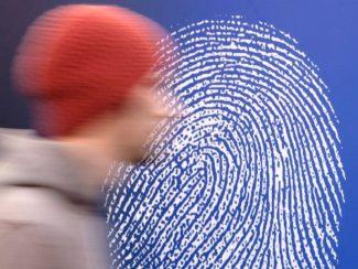 Отпечаток пальца вместо билета в театр