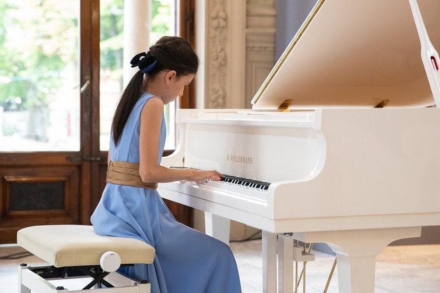 Александра Довгань (фортепиано)