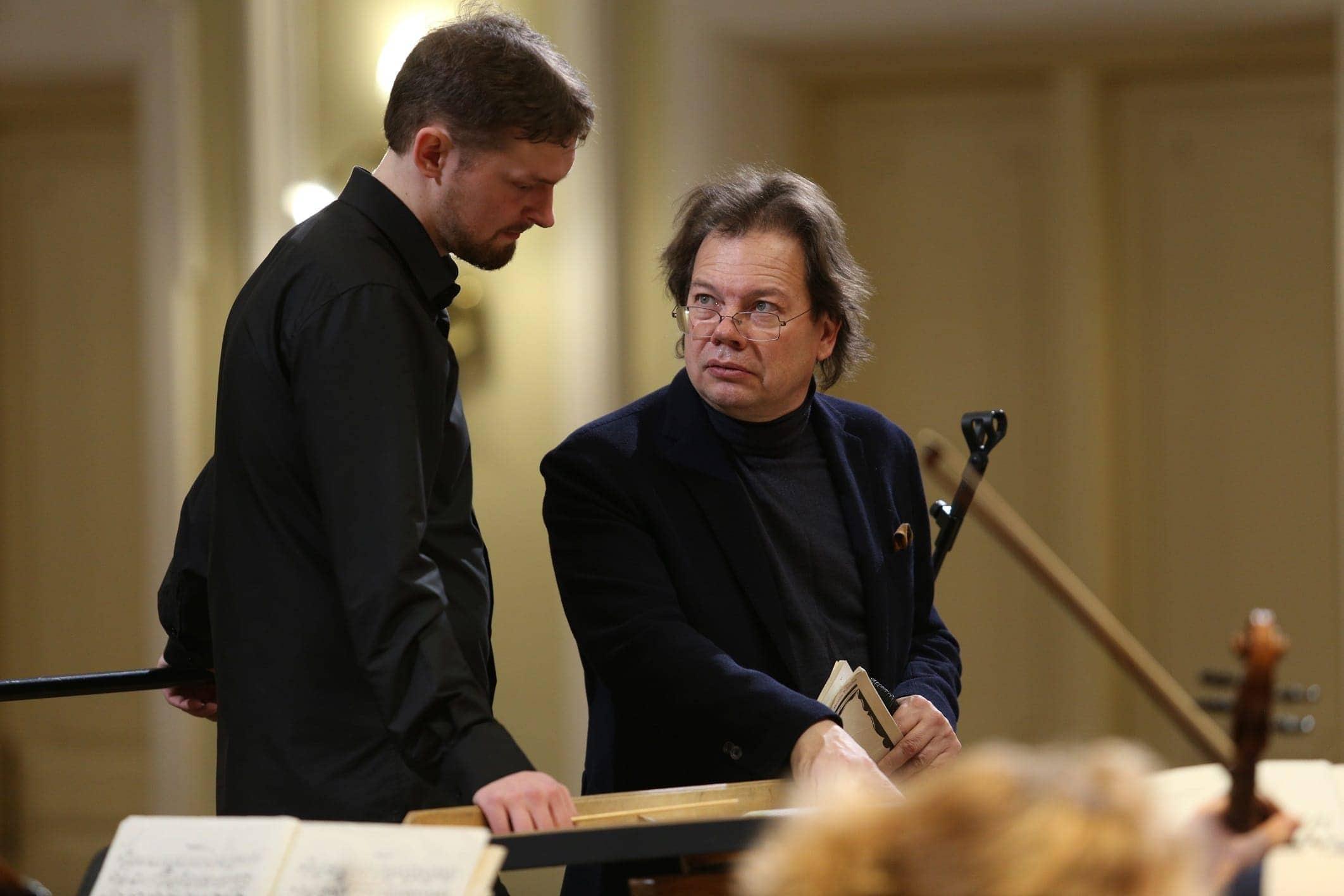 В рамках фестиваля мастер-классы по дирижированию провёл Александр Ведерников