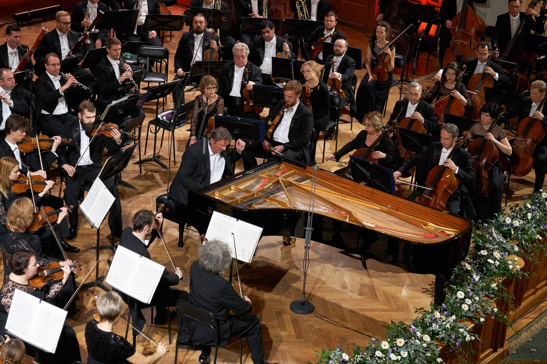 Борис Березовский и Госоркестр исполнили Концерт № 1 П. Чайковского без дирижёра