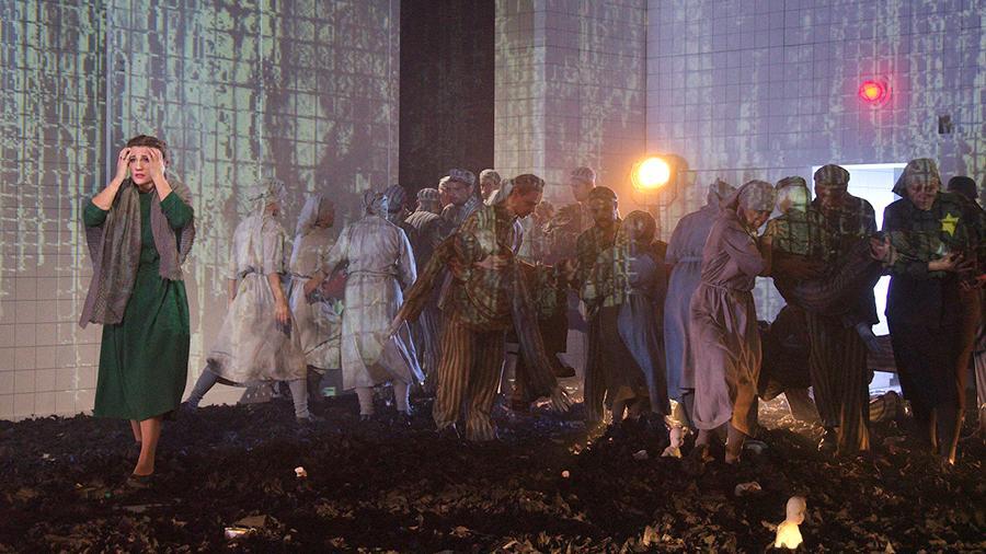 "Опера ""Фрау Шиндлер"" в МАМТе. Фото - Сергей Родионов"