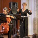 В Фантазии Мартину занята не только виолончель (Евгений Тонха), но и терменвокс, на котором играет ученица самого Льва Термена – Лидия Кавина. Фото - Максим Стулов