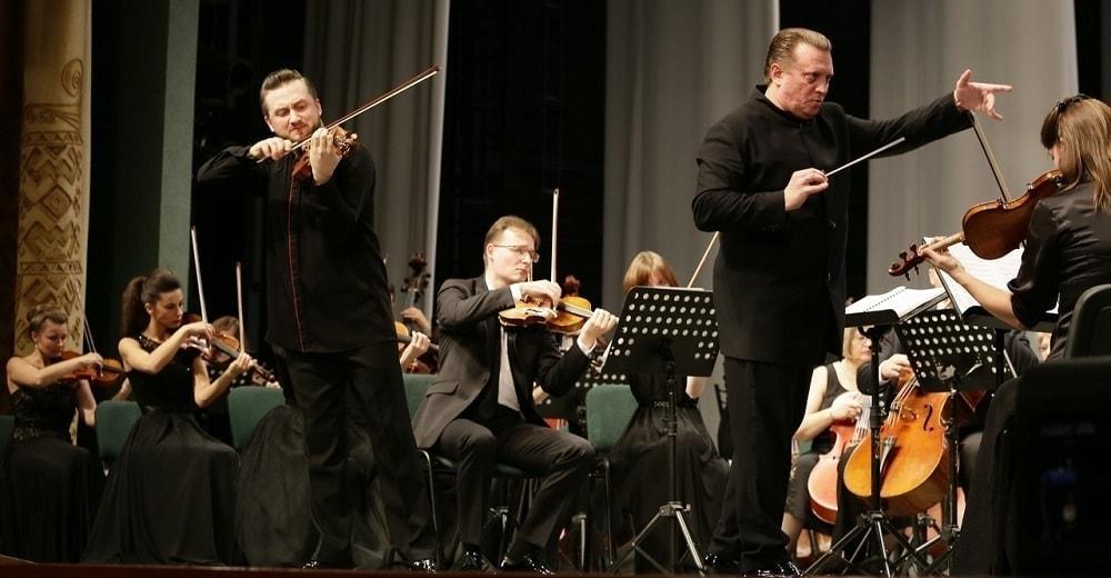 Павел Милюков на концерте с Рязанским губернаторским симфоническим оркестром. Фото - Э. Ретунский