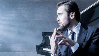 Даниил Трифонов. Фото - официальный сайт музыканта