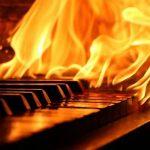 Музыканты защищают школы от чиновников