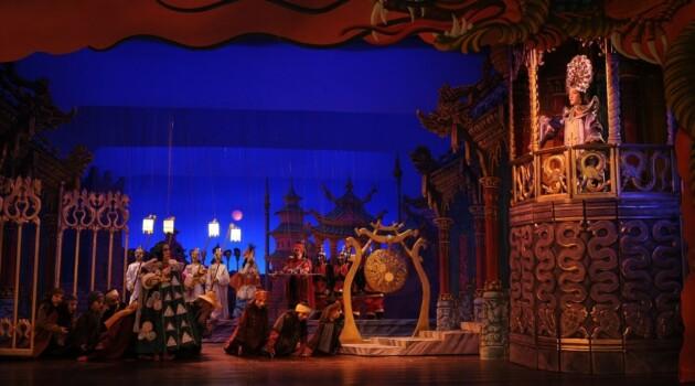 Итальянский театр марионеток «Карло и Колла и сыновья» привез в Москву спектакль по опере Джакомо Пуччини «Турандот»