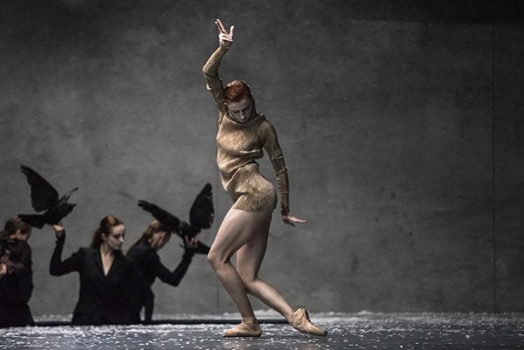 Сцена из балета «Зимний путь». Фото - Gregory Batardon