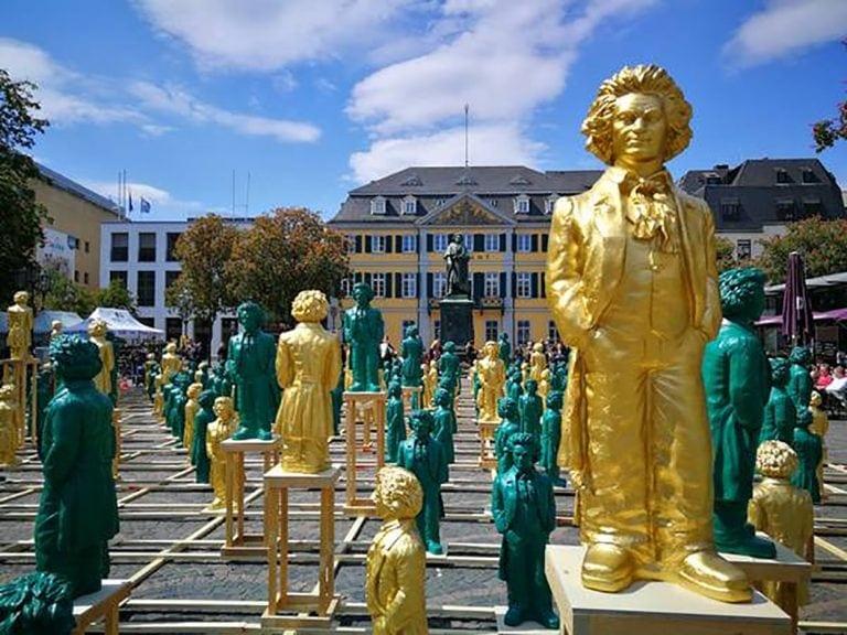 Пострадала скульптурная инсталляция, посвященная Бетховену