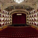 Опера Праги погрязла в скандалах