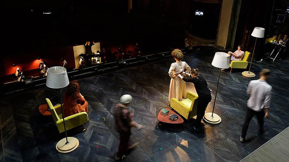 Опера «Три сестры» в постановке Петера Этвёша. Фото - Ольга Керелюк