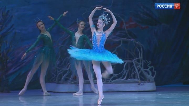 На сцене Государственного Кремлевского дворца прошел ежегодный вечер Академии Русского балета имени Вагановой