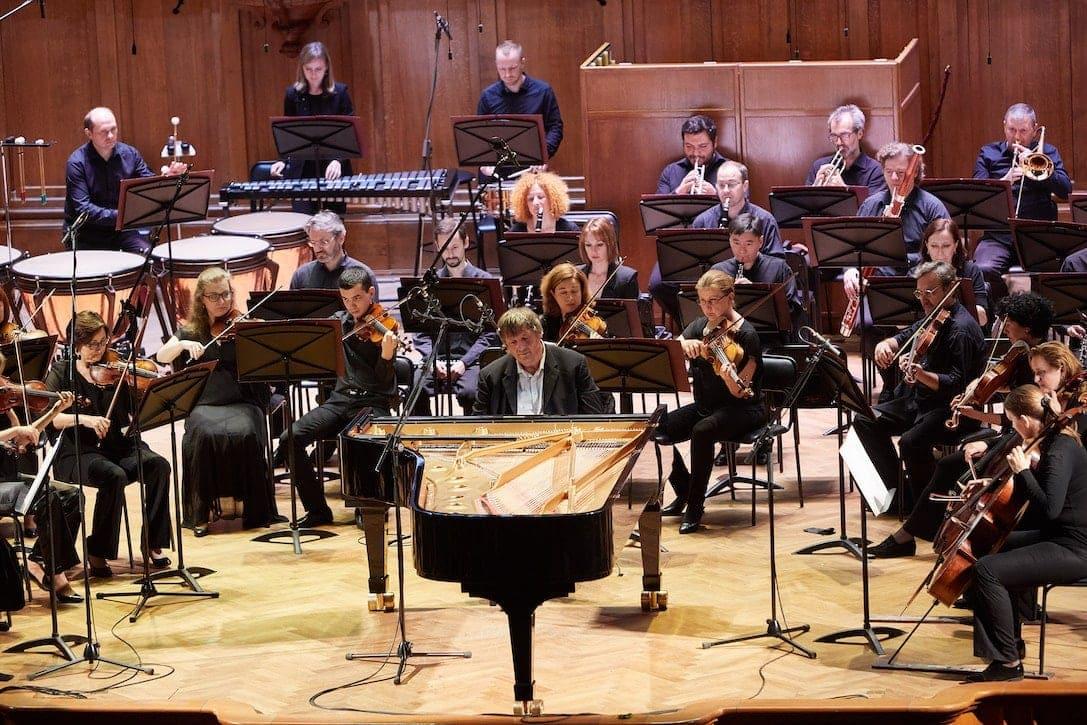 Пианист Борис Березовский и оркестр «Новая Россия»