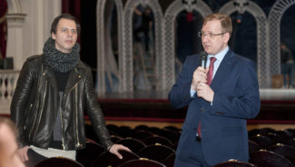 Теодор Курентзис и Андрей Борисов. Фото - Константин Долгановский