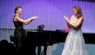 Мария Оселкова и Полина Шамаева. Фото - Лилия Ольховая