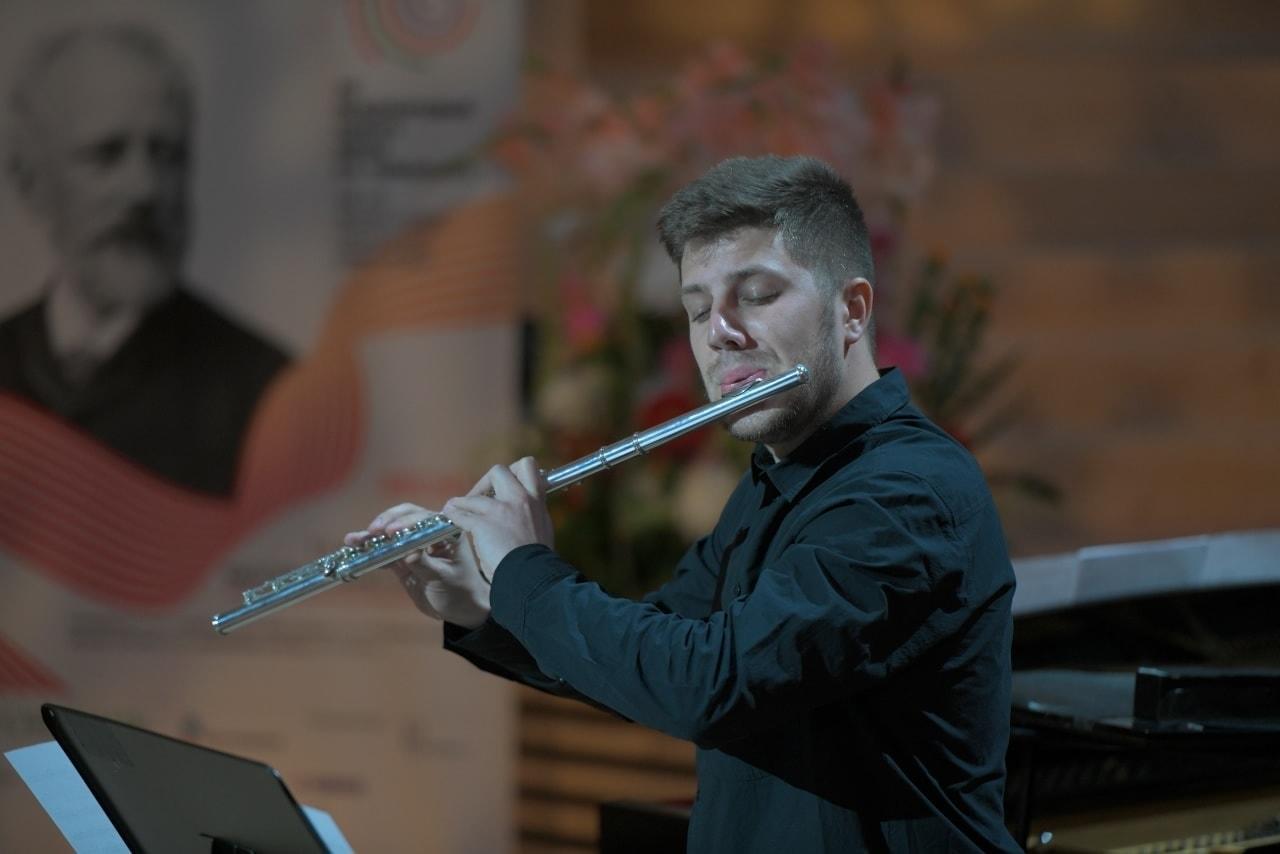 Матвей Демин, выступление в полуфинале. Фото — пресс-служба Конкурса имени Чайковского