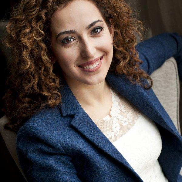 Сара Данешпур