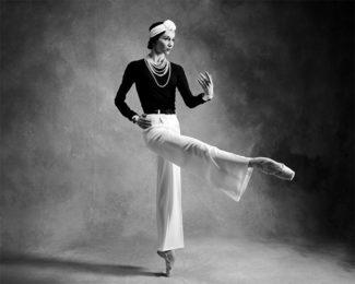 Светлана Захарова в образе Коко Шанель