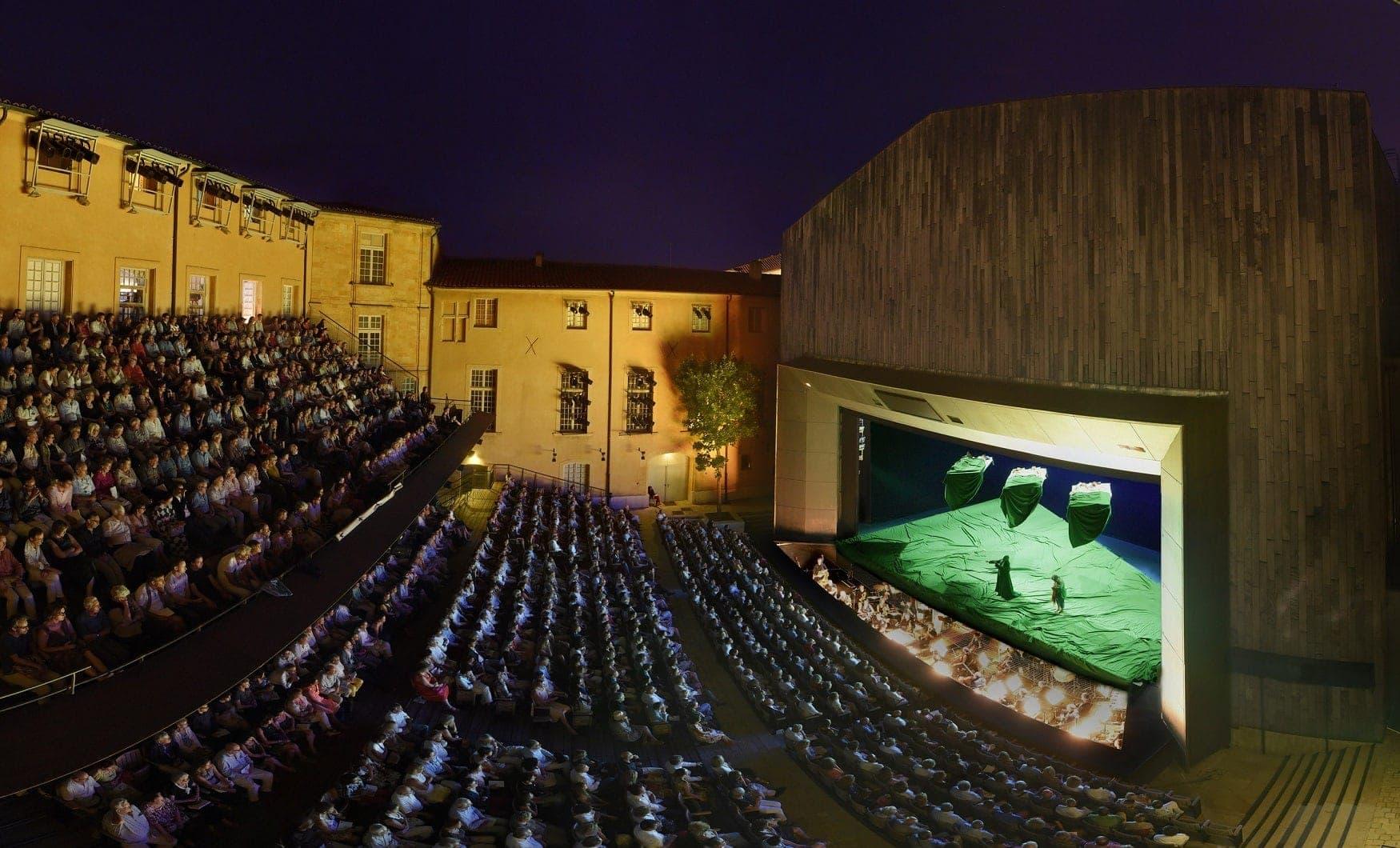 Фестиваль в Экс-ан-Провансе, Архиепископский театр. Фото - Винсент Понте