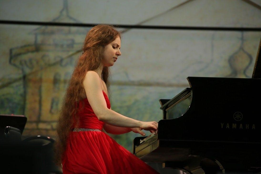 Анна Денисова (фортепиано)