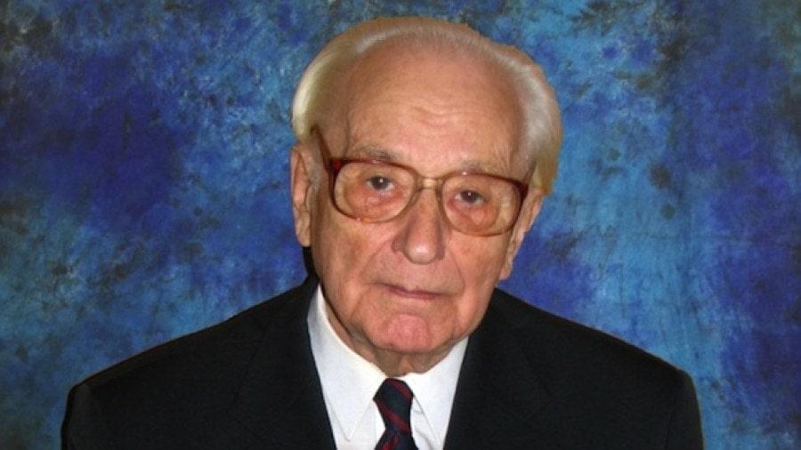 Виктор Мержанов
