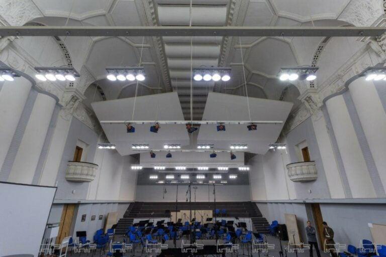 В Дом Радио на Итальянской собирается переехать Теодор Курентзис с оркестром. Что об этом говорят петербуржцы и бывшие арендаторы здания