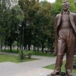 Памятник Шостаковичу в Самаре. Фото - Вячеслав Сорокин/ТАСС