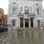 Миланский «Ла Скала» перечислит сборы от билетов в пользу коллег из венецианского театра «Ла Фениче»