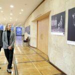 Дети артиста, Андрис и Илзе Лиепа, признались, что некоторые фотографии они увидели впервые. Фото - Вячеслав Прокофьев/ТАСС