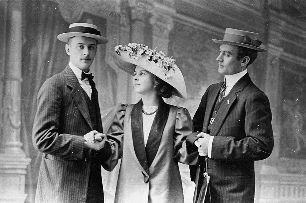 Артисты балета Федор Лопухов, Лидия Лопухова и Александр Волинин, Париж, 1910 год