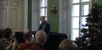 Ученый секретарь Государственного института искусствознания ученый секретарь О .А. Пашина на собрании коллектива Института искусствознания