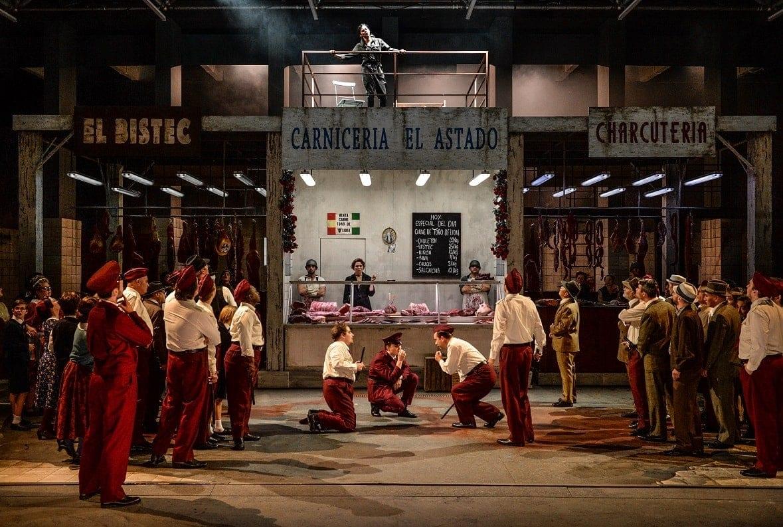 """""""Кармен"""" Бизе в Кельнской опере. Фото - Hans-Jörg Michel"""