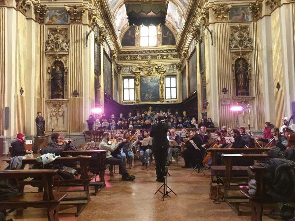 Хор РХТУ имени Д. И. Менделеева выступил в Милане с концертной программой
