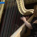 Из Парижа в Екатеринбург привезли концертную арфу