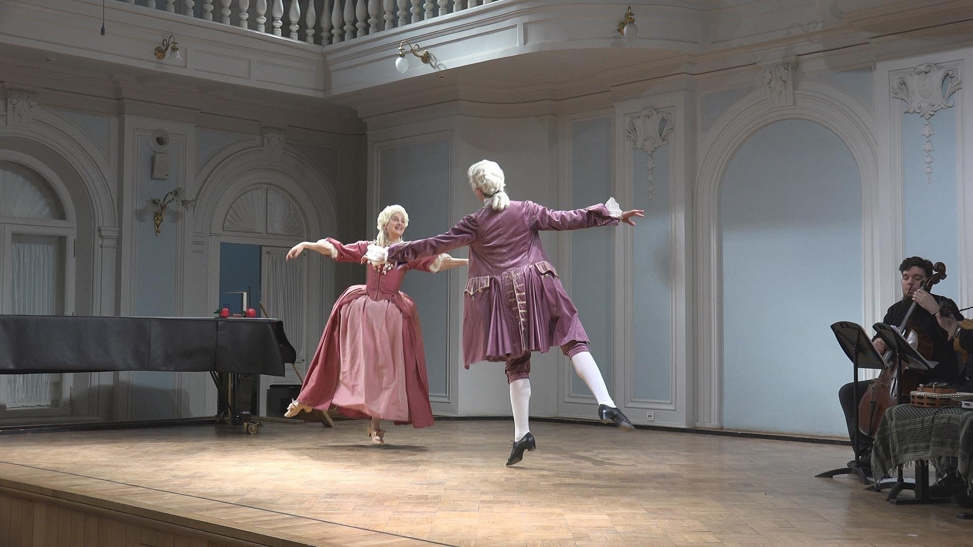 В Рахманиновском зале консерватории прошел концерт-лекция под названием «Итальянцы в Париже». Фото - Игорь Полюбин