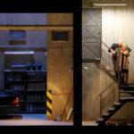 Сцена из оперы Бартока «Замок герцога Синяя Борода» в постановке Кэти Митчелл. Фото - Баварская опера