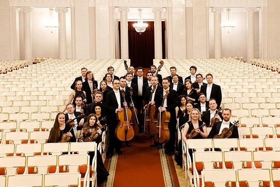 Новый камерный оркестр ЗКР даст первый концерт в Петербургской филармонии. Фото - Стас Левшин