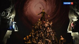 Самарский театр оперы и балета привёз в Москву балет-антиутопию «Три маски короля»