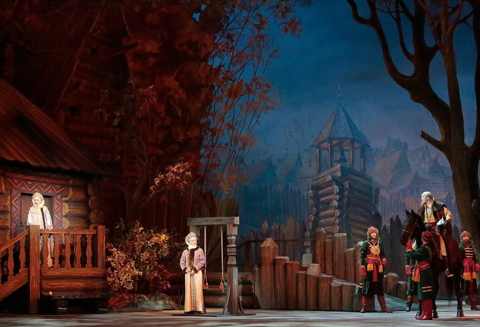 """Сцена из оперы Римского-Корсакова """"Царская невеста"""", Большой театр. Фото - Дамир Юсупов"""