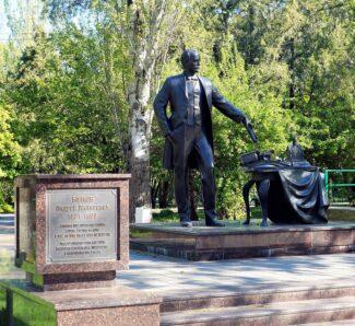 Памятник Андрею Байкову