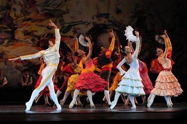 Сцена из балета «Дон Кихот», ученики Балетной школы Большого театра в Бразилии Фото: официальный сайт Балетной школы Большого театра в Бразилии
