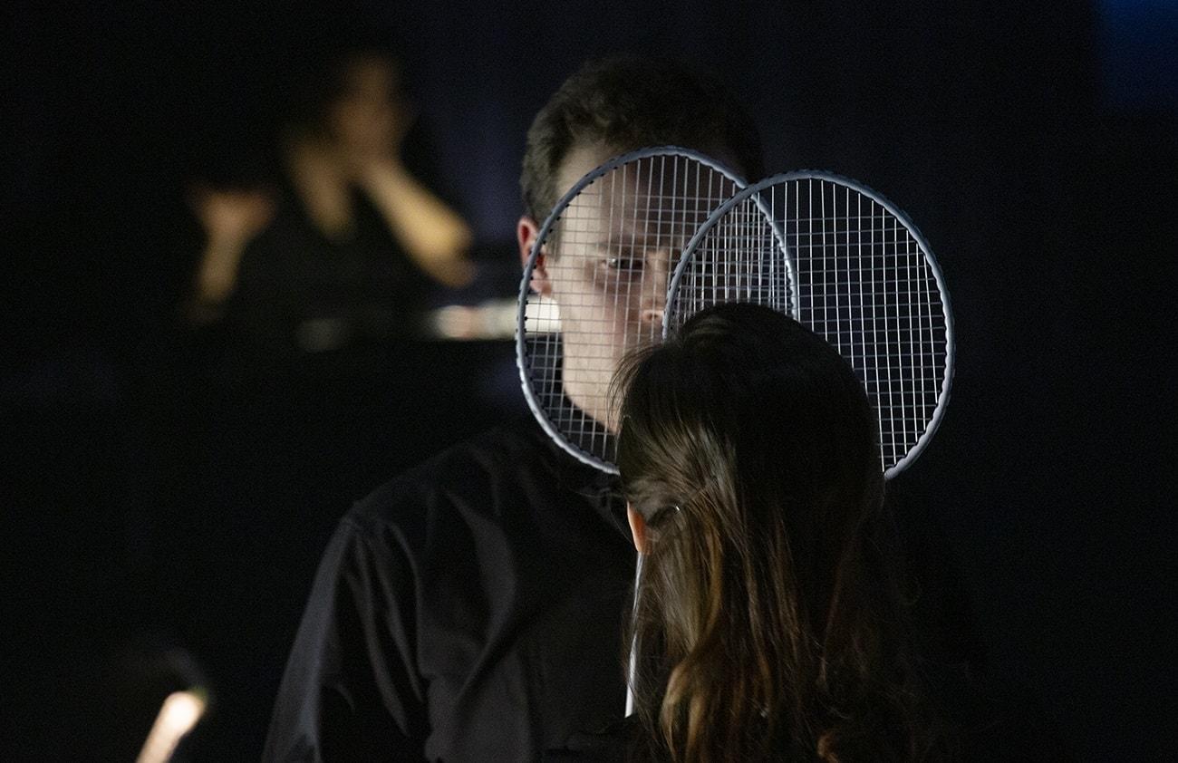 Российская премьера оперы Филипа Гласса «Жестокие дети» прошла в театре им. Н. Сац